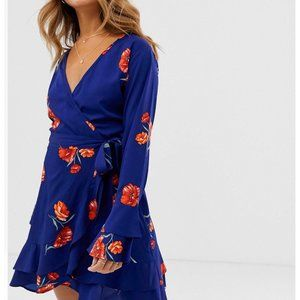 Dresses & Skirts - Floral Wrap Dress
